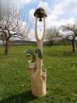 Zvonička z lipového dřeva, orientační cena v dubu 9.700,-Kč