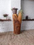 Stromovous s místem na květináče. Cena 7.500,-Kč. Výška 1m. Nátěr HK lasur. Materiál dub.